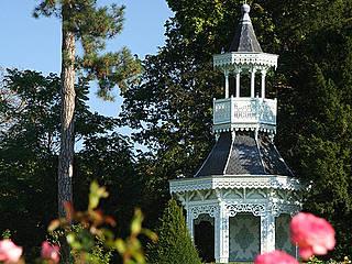 Pavillon der Kaiserin im Rosengarten. © spacejulien