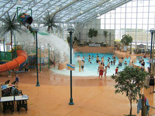 Waves Indoor Waterpark © Waves Indoor Waterpark